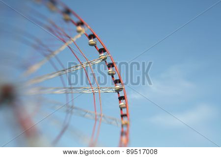 Ferris Wheel. Soft focus. Made with lens-baby.