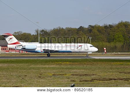 Frankfurt Airport - Fokker 100 Of Austrian Airlines Takes Off