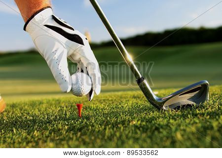 teeing in golf