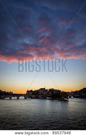 Sunrise, Ile De La Cite And Pont Neuf, Paris, France.