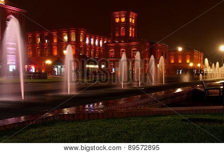 Evening scene from Manufaktura in Lodz.