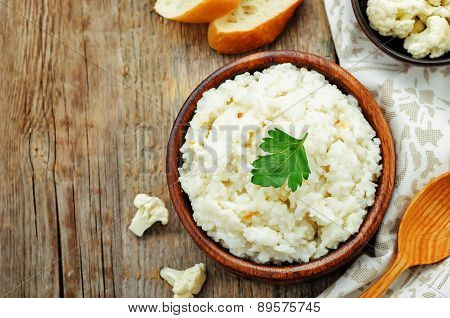 Creamy Cauliflower Garlic Rice