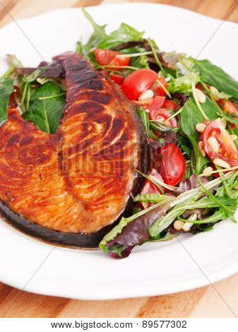 Baked Salmon With Fresh Salad
