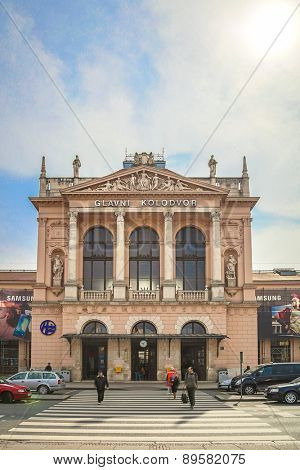 ZAGREB, CROATIA - 17 MARCH 2015: Main entrance to Glavni kolodvor (the main train station).