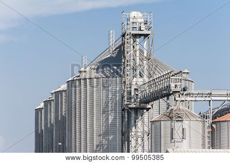 Factory For Drying And Storage Of Cereals