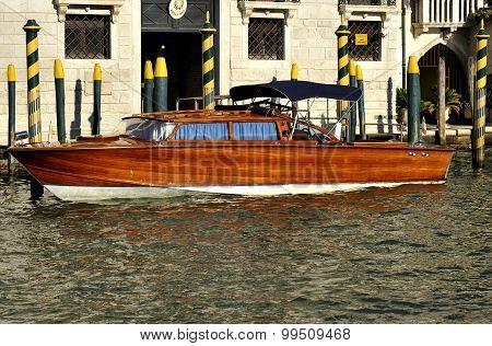 Getting around Venice