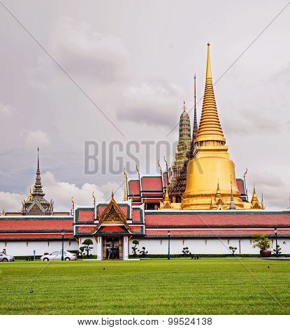 Wat Phra Kaeo, Temple Of The Emerald Buddha And The Home Of The Thai King.