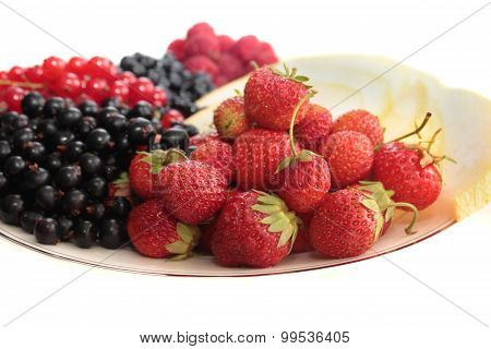 A plate of fruits.