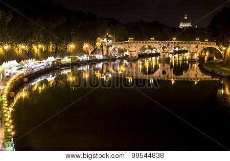 Tiber at night