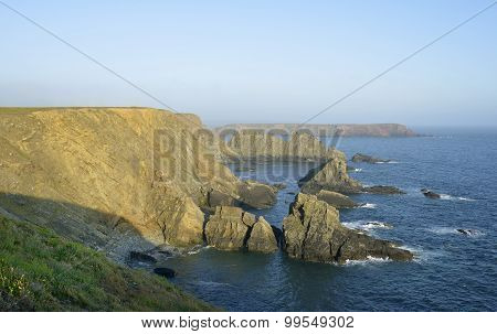 Rainy Rock & Gateholm Island