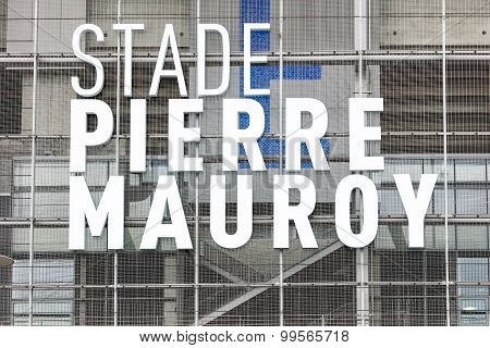 Close-up view of new Pierre Mauroy football stadium