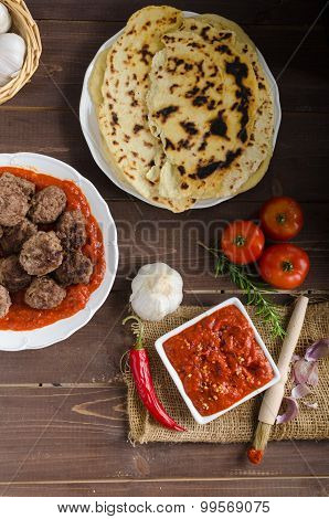 Indian Lunch - Meat Balls With Naan