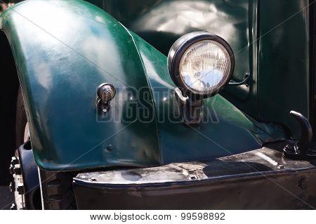 Dark Green Vintage Design Headlight.