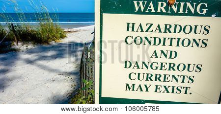 Hazardous Rip Currents Warning Sign On Hunting Island Nc