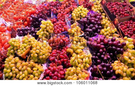 White And Red Grapes At Farmer's Market