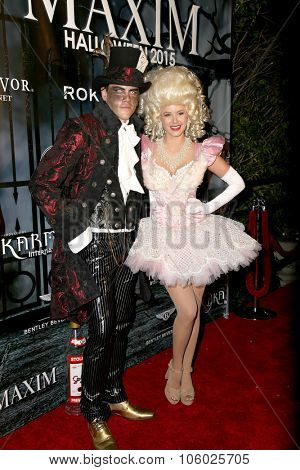LOS ANGELES - OCT 24:  Tom Sandoval, Ariana Madix at the MAXIM Magazine's Official Halloween Party at the Private Estate on October 24, 2015 in Beverly Hills, CA