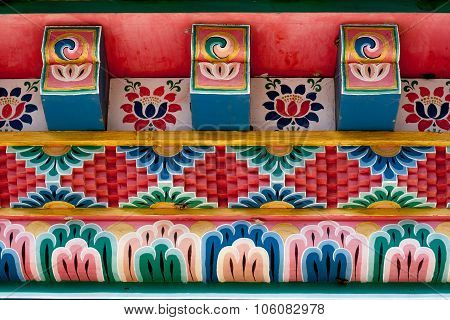 Buddhism roof pattern
