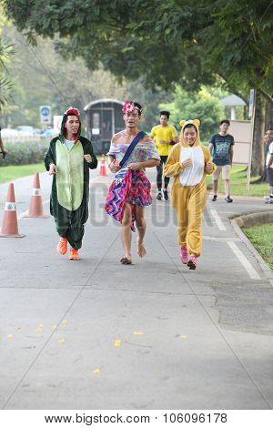 Bangkok - October 23: Unidentified Runners Participates Wearing Fancy Costume In Ekiden 2015 Maratho