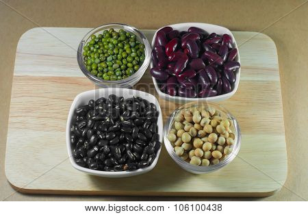 Soy Beans, Red Beans, Black Beans And Green Beans With The Health Benefits Of Whole Grains.