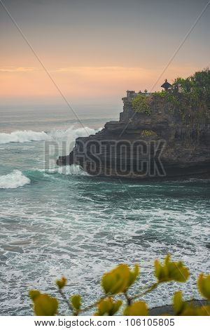 Hindu temple Pura Tanah Lot and sunset Bali, Indonesia.