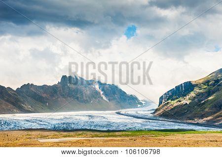 Vatnajokull Glacier, Skaftafell National Park In Southern Iceland