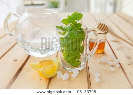 Tea With Fresh Mint