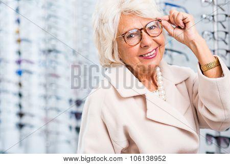 Choosing Reading Glasses