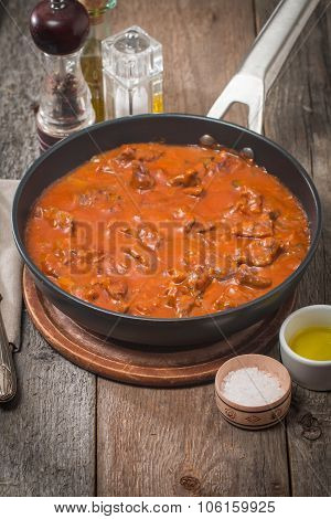 Beef Stew With Tomato Sauce