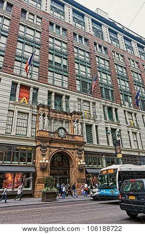 Macys Department Store In Nyc, Usa
