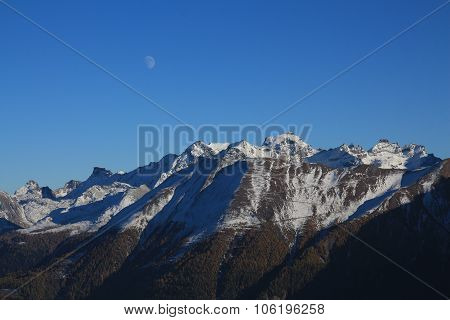 Beautiful Shaped Mountains Fusshorn And Rotstock