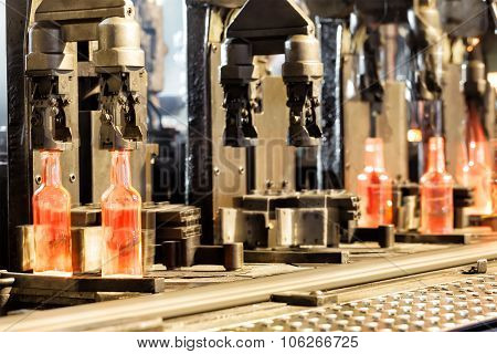 Manufacturing process of the bottles