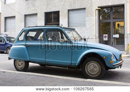 Milan, Italy-august 9, 2014: French Motor Car Citro?n 2Cvs Parked In The City