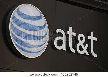 INDIANAPOLIS - CIRCA OCTOBER 2015: AT&T Indianapolis Headquarters I