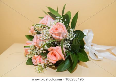 A bouquet of pink roses