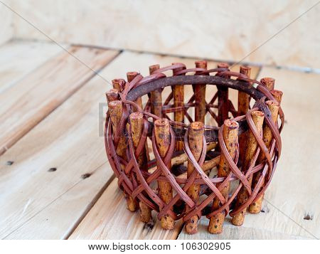 Wickerwork, Woodwork, To Weave A Basket.
