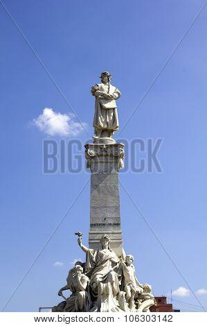 Columbus' Monument.
