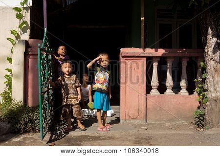 Indonesian Children In Manado Shantytown