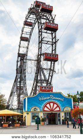 Wiener Riesenrad (vienna Giant Whee) In Prater