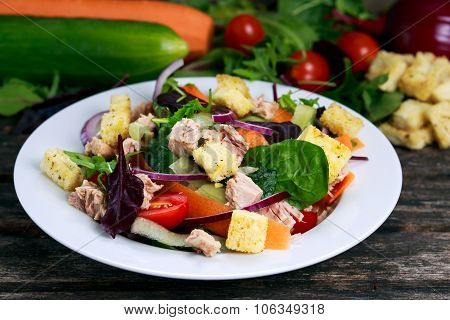 Tuna Salad With Spinach, Rocket, Red Ruby Chard, Tomatoes, Cucumbers, Carrot, Red Onion, Croutons On