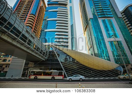 Dubai Metro As World's Longest Fully Automated Metro Network (75 Km)