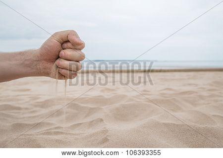 Summer ends - Time runs like sand through fingers