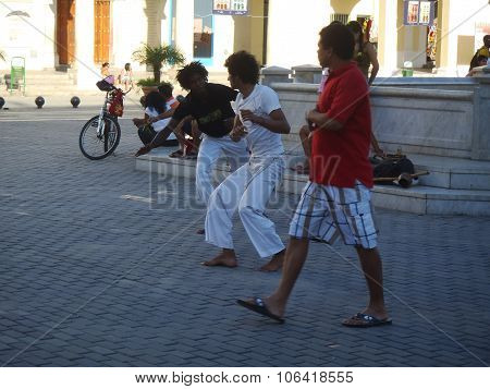 Everyday Life On Streets Of Havana Centro