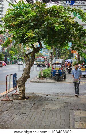 Street On The Outskirts Of Bangkok