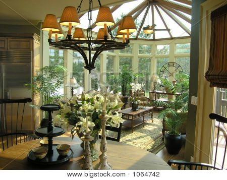 Luxury 31 Sun Room