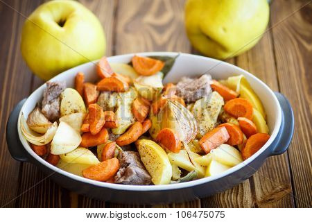 Meat Baked With Quince