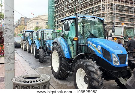 New Holland Tractors Ottawa