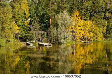 Pontoon In Autumn