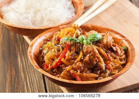 Chinese Chicken With Vegetables And Noodles