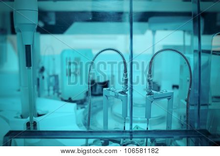 Robot In The Modern Laboratory