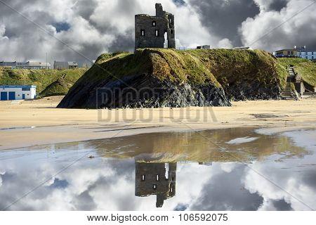Wild Atlantic Way Castle Ruins And Beach
